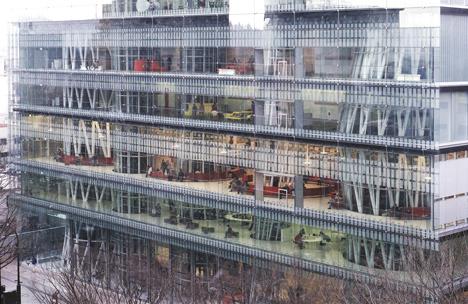 Above: Sendai Mediatheque, 1995—2000, Sendai-shi, Miyagi, Japan. Photo by Tomio Ohashi. Via Dezeen.