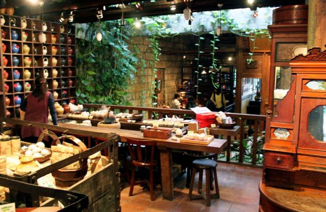 Interior of a Jiufen tea house. Photo via Flickr user Jonathan Crow, via Munchies.
